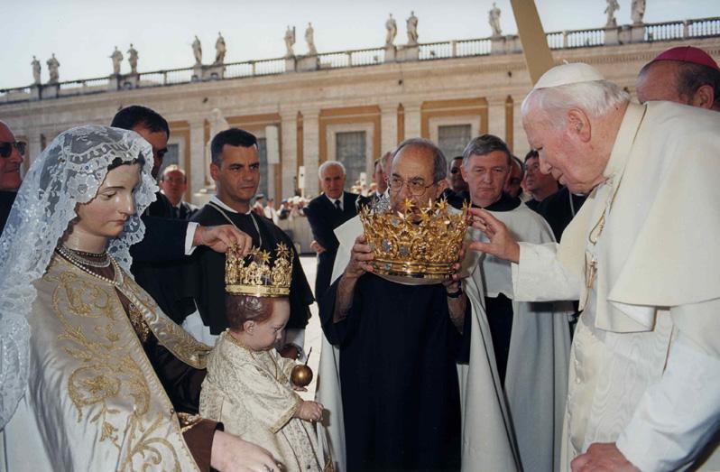 Incoronazione della Statua della Vergine del Carmelo in Traspontina - (6).jpg